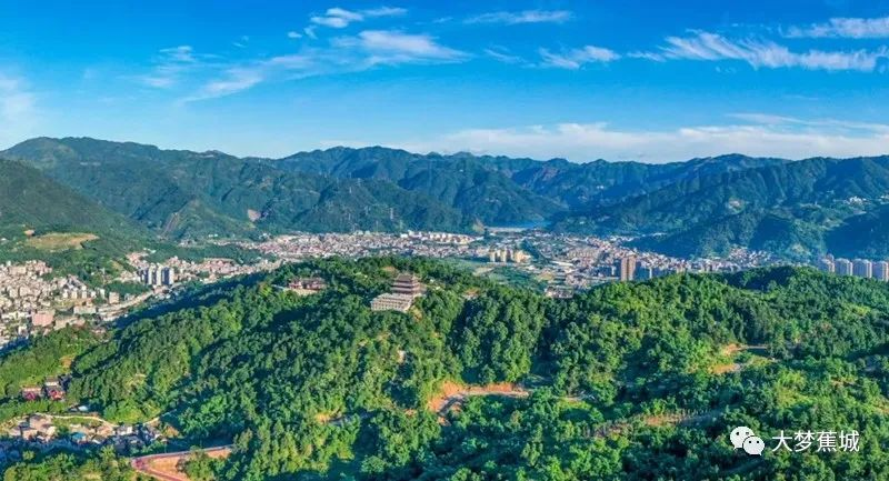 【我為群眾辦實事】鏡臺山公園北側公路具備通車條件,今后去這里更快了!